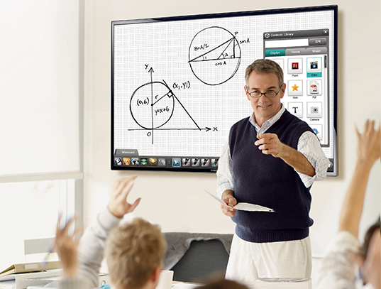 Immersive and Collaborative Technology in the Higher Ed Classroom